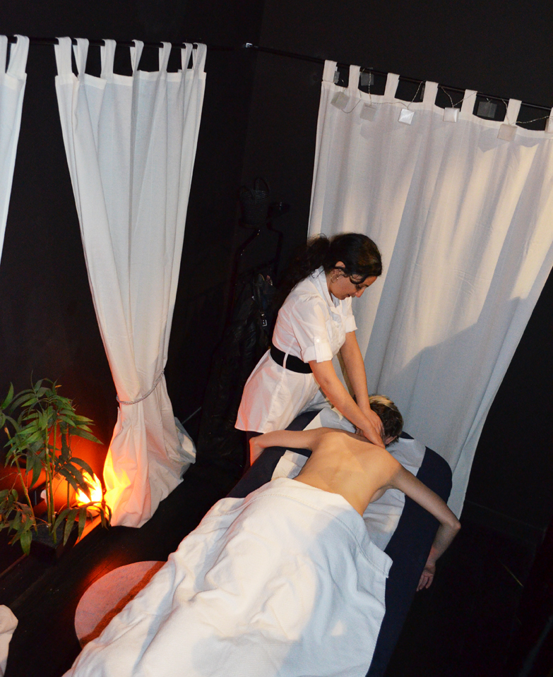Galerie photos massages marseille salon massage aubagne soin jambes lourdes aix massage - Salon de massage marseille ...